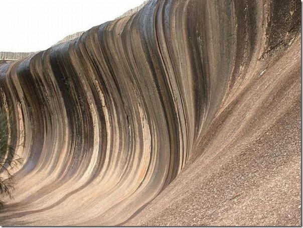 Rocha em forma de onda do mar na Ausralia (4)