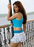 amrita_rao_mini_skirt_408