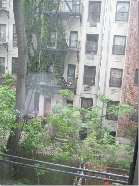 2010-05-23 End dubai, dennings, NYCa 2119