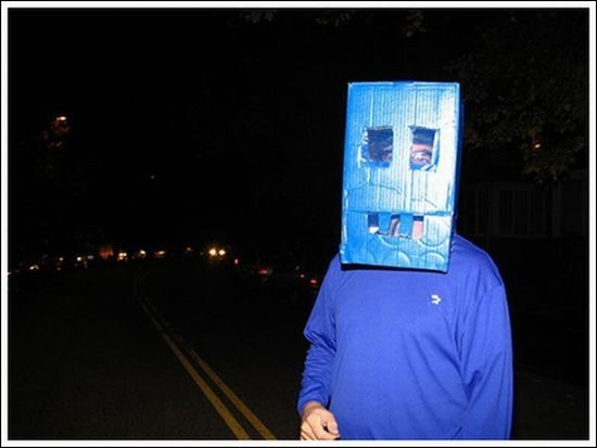 worst_robot_costumes_01