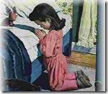 niños rezando (10)