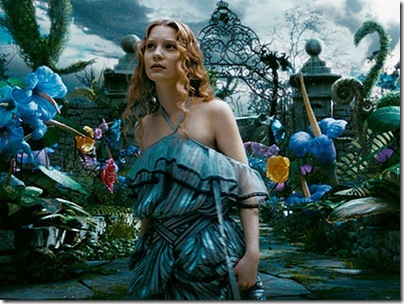 Alice-in-Tim-Burton-s-Alice-In-Wonderland-alice-in-wonderland-2009-7168314-800-600