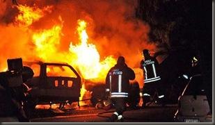 Roma incendio Berlusconi