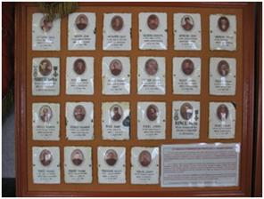 """Sur les """"tableaux d'honneur"""" les visages de quelques """"Poilus"""" de Treillières morts pour la Patrie"""