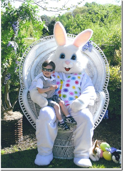 Leo.Easter Bunny.2011 001