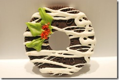 DAY 10: OREO CHRISTMAS WREATHS