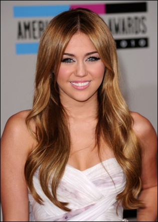 Miley Cyrus Long Hairstyles Long Center Part do1j1q0JE7Wl