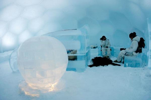 Japan-ice-hotel-04