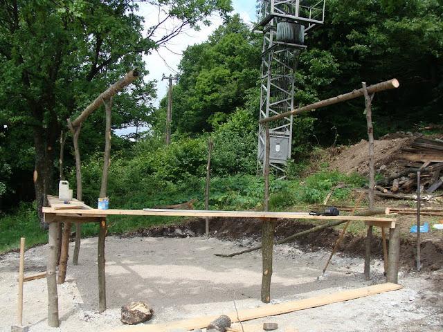 Izgradnja šanka za Dane planinara na Japetiću