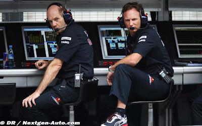 Эдриан Ньюи и Кристиан Хорнер на командном мостике Red Bull