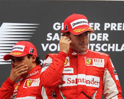 Фернандо Алонсо и Фелипе Масса на подиуме Гран-при Германии 2010