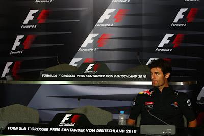 Марк Уэббер один на пресс-конференции на Гран-при Германии 2010