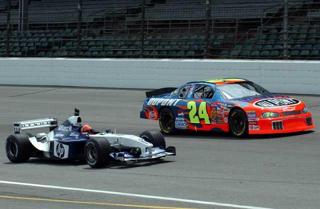 болид Williams и NASCAR