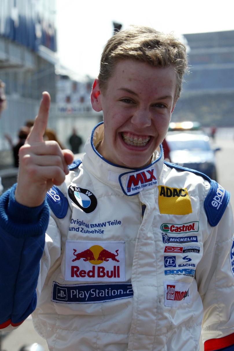 Себастьян Феттель чемпион Формулы-BMW 2004 года