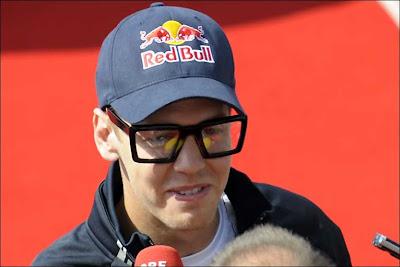 Себастьян Феттель в больших очках на Гран-при Германии 2009