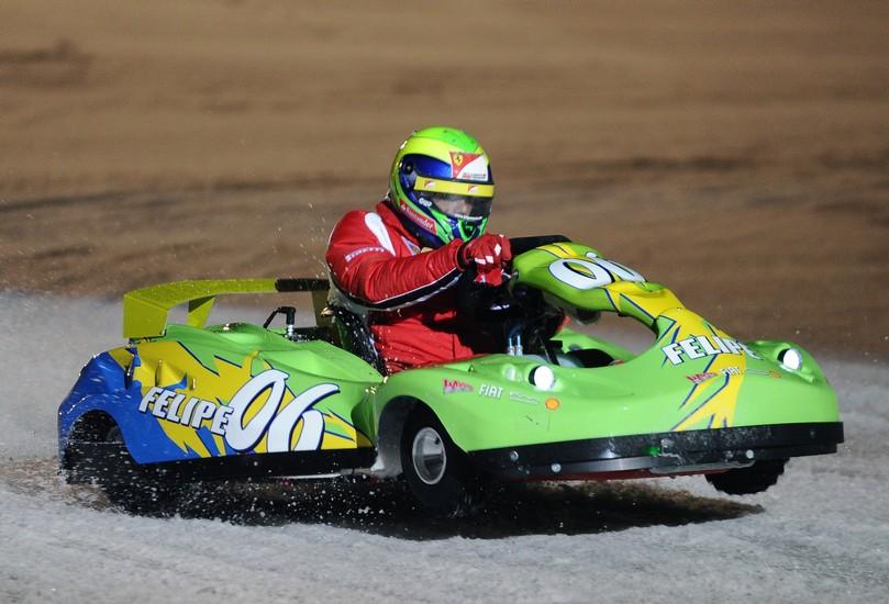 Фелипе Масса за рулем карта на ледовой гонке Wrooom 2011