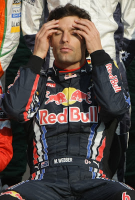 Марк Уэббер на фотосессии перед гонкой на Гран-при Абу-Даби 2010