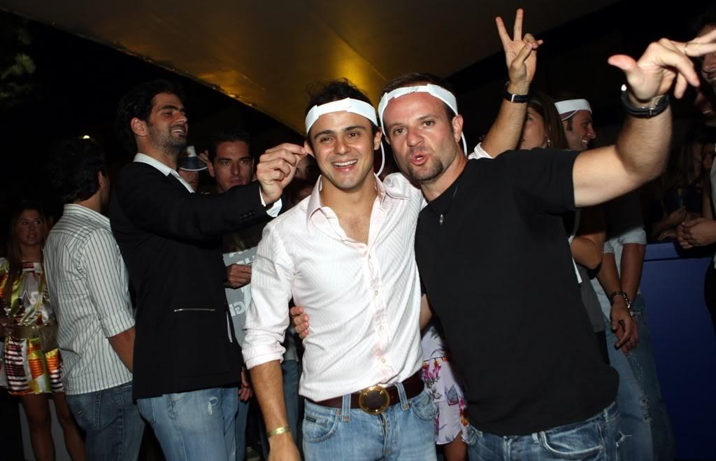 Рубенс Баррикелло и Фелипе Масса отжигают на вечеринке
