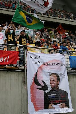 болельщики Рубенса Баррикелло на Гран-при Китая 2007
