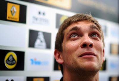 Виталий Петров на встрече с прессой в четверг на Гран-при Малайзии 2011
