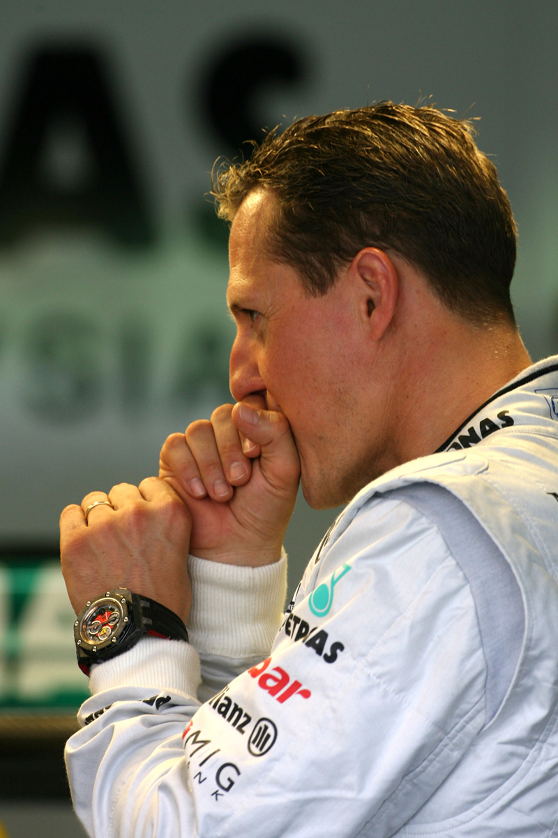 Михаэль Шумахер не против пыхнуть на Гран-при Малайзии 2011