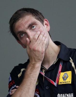фэйспалм в исполнении Виталия Петрова на Гран-при Малайзии 2011