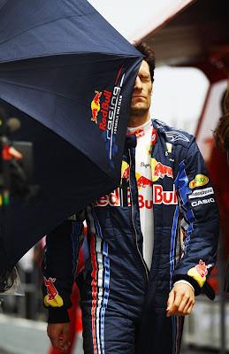 Марк Уэббер фэйл с зонтиком