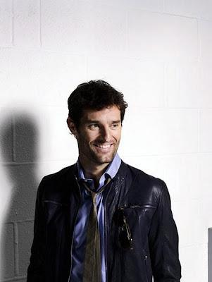 улыбчивый Марк Уэббер на фотосессии 2011