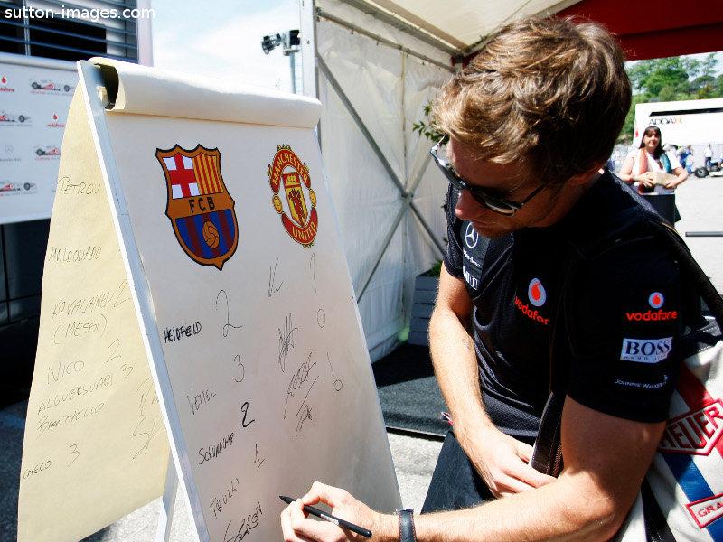 Дженсон Баттон предсказывает счет в финальном матче Лиги Чемпионов на Гран-при Испании 2011