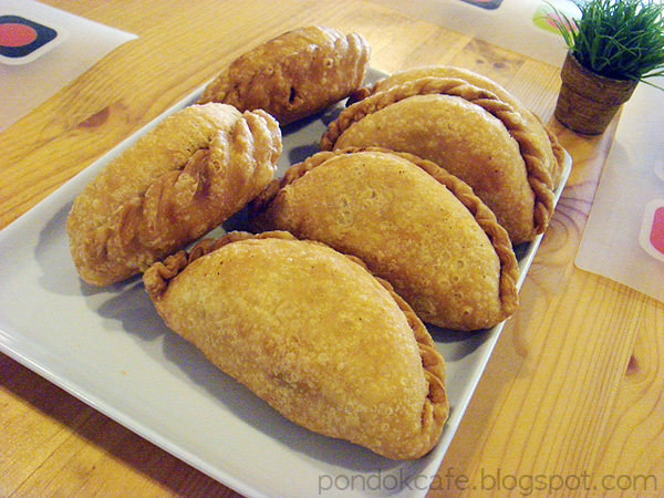 karipap curry puff dessert pondok cafe