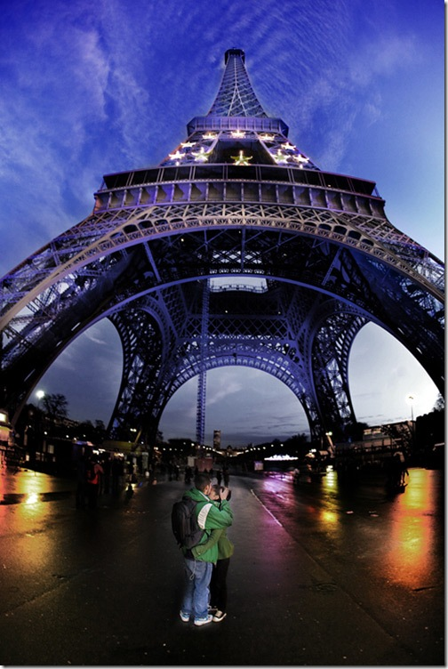christmas_in_paris_by_gilad