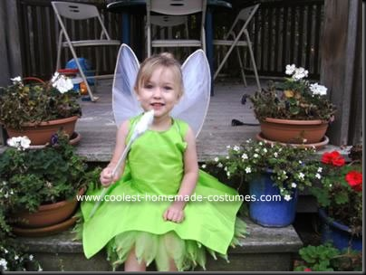 coolest-homemade-tinkerbell-costume-7-21151248