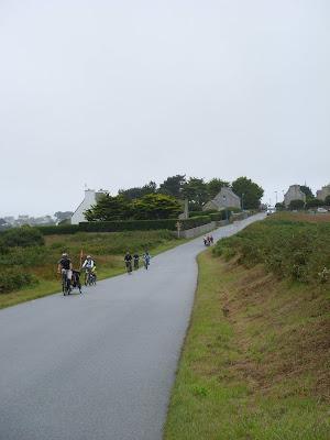 サイクリングする人たち