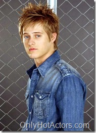 lucas-grabeel-photo