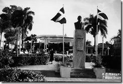 Parque-Duarte-S[1][1].-P.-M.---Decada-del-1950