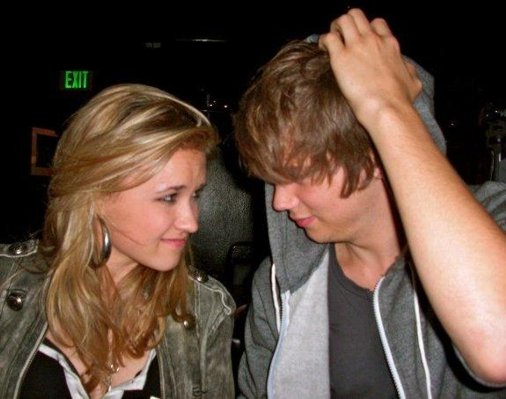 tony oller and emily osment. (Emily Osment y Tony O)