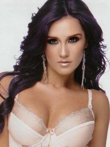 Dulce Maria - Nuevo LOOK sexy en TvNotas