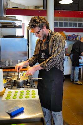 Terence Carter - Macaron Cooking Class, Paris