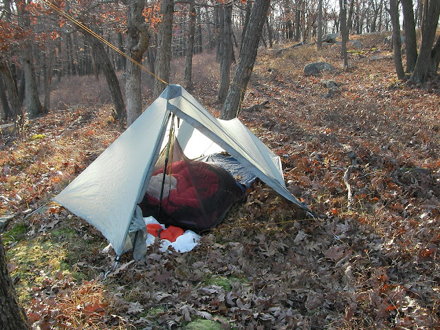 & Tarp/poncho shelter setup [Archive] - WhiteBlaze