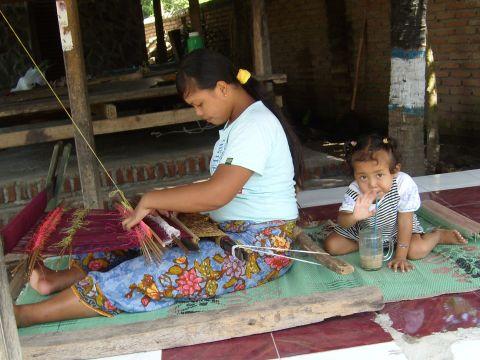 lombok2%20weberei3.jpg