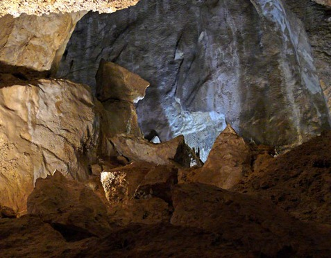 Cave View3