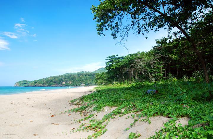 Пляж Mai Rai - самый южный на острове