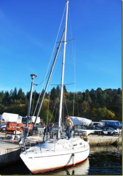 2010-10-16 - Sailboat must be ready for the Winter 1