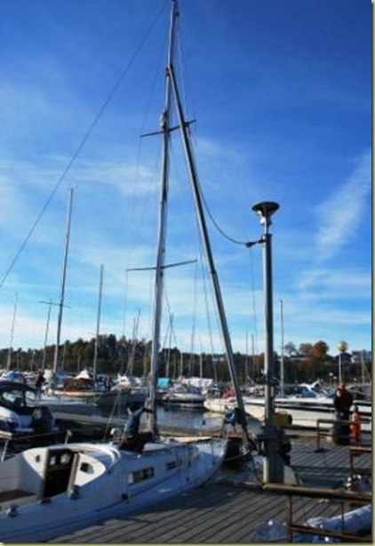2010-10-16 - Sailboat must be ready for the Winter 3