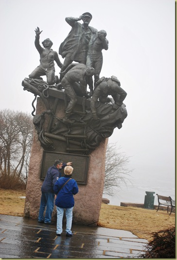 Seamen War Monument - Ginnie and Renny