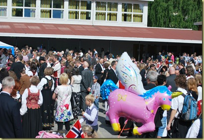 2011-05-17_0802 After the Parade Hasle School