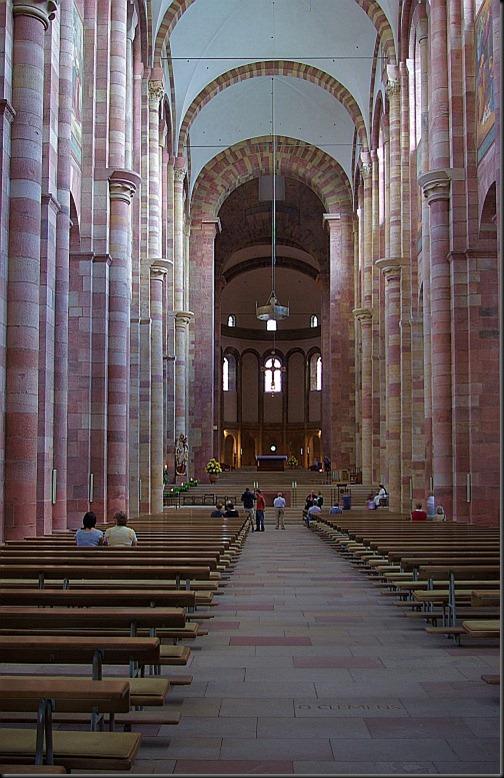 katedra w spirze - nawa główna