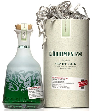 tourment_bottle_box-Packaging design