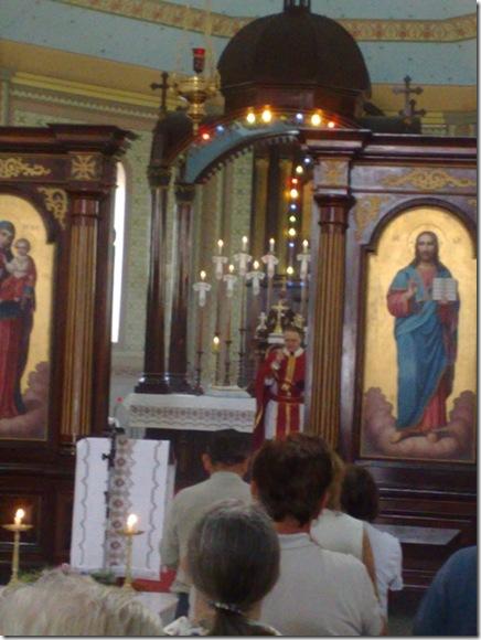 11. Celebrante saúda com a paz para a proclamação do Evangelho II
