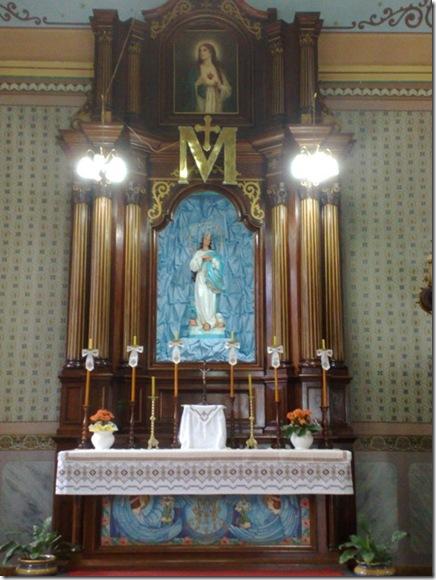 45. Altar lateral esquerdo